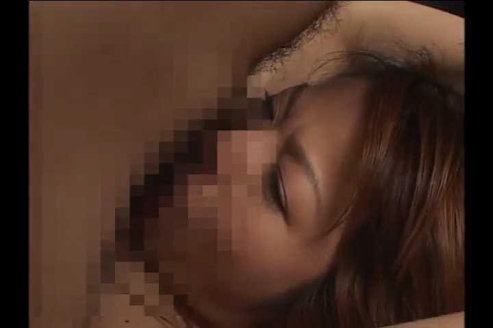 巨根ペニスの男に寝取られた妻は中出しで悶えて絶頂する秘密