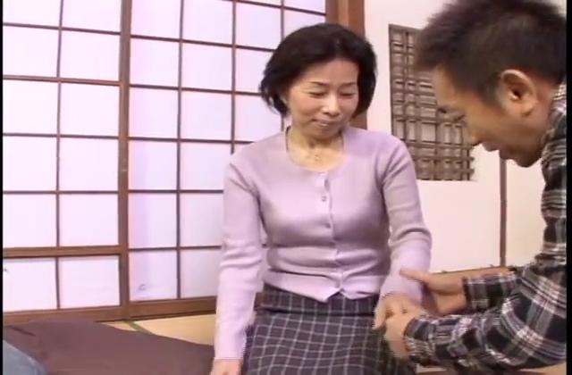 ~大学生と子持ち熟女の中出し記録~(モ無し)