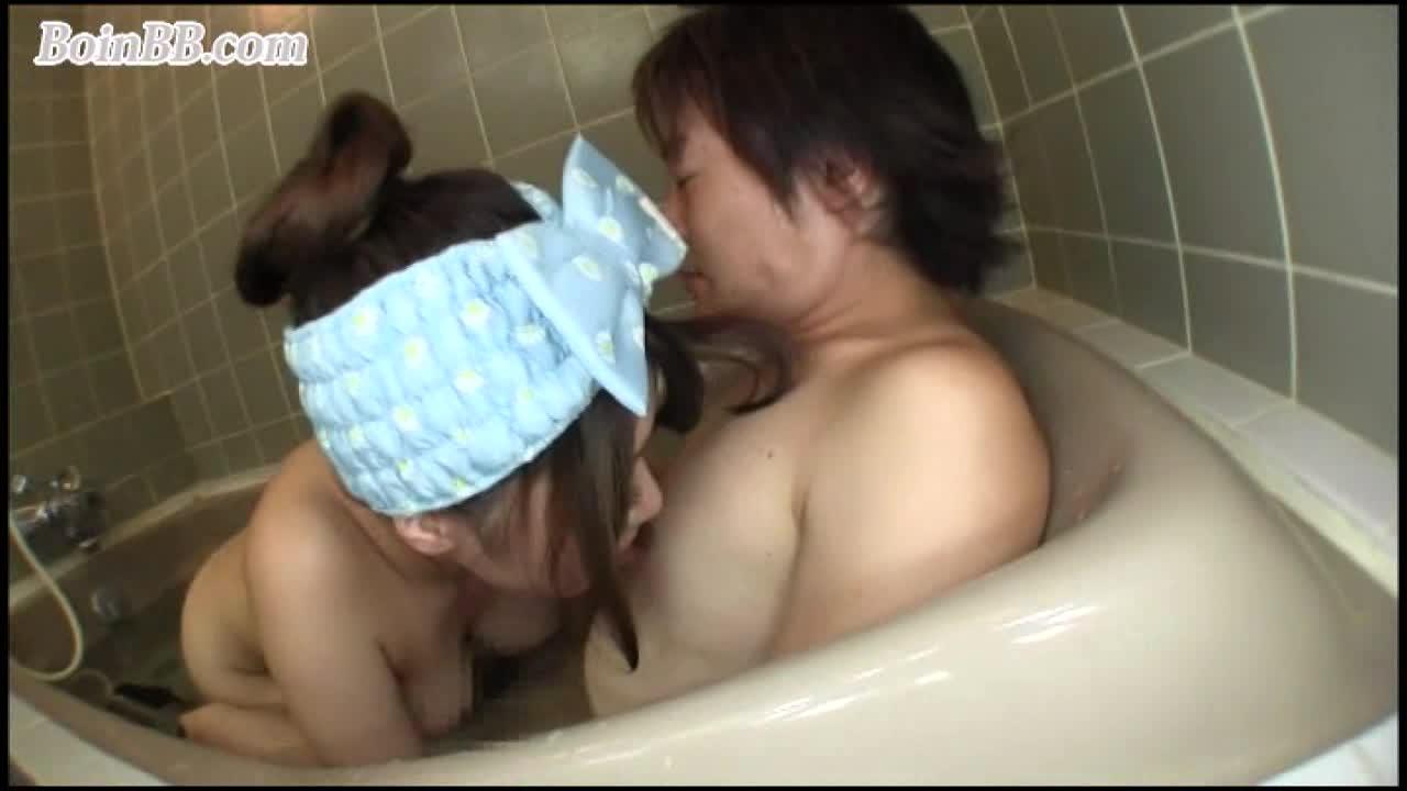 永瀬里美 ムッチリボディの美女と狭い浴槽に入り爆乳おっぱいを楽しむようにラブラブセックス!